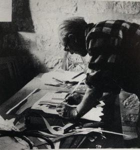 Le Corbusier travaillant sur le Modulor